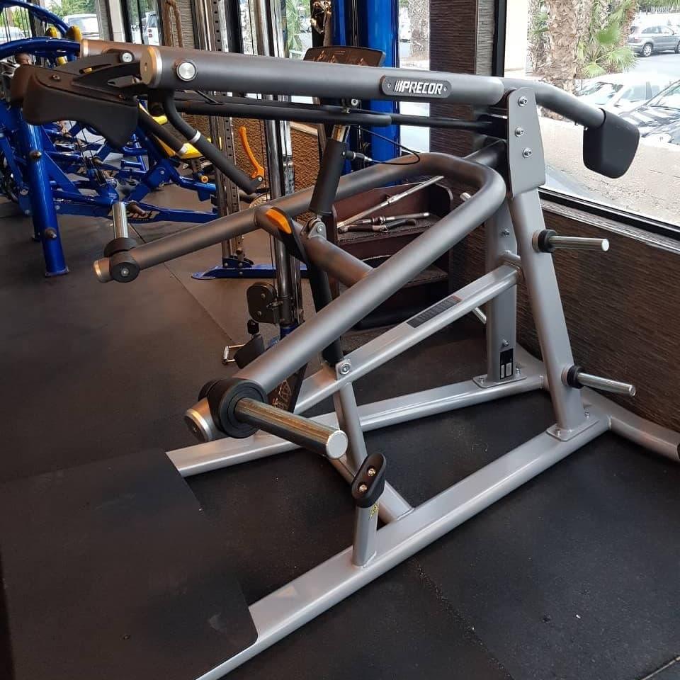 precor squat machine 4